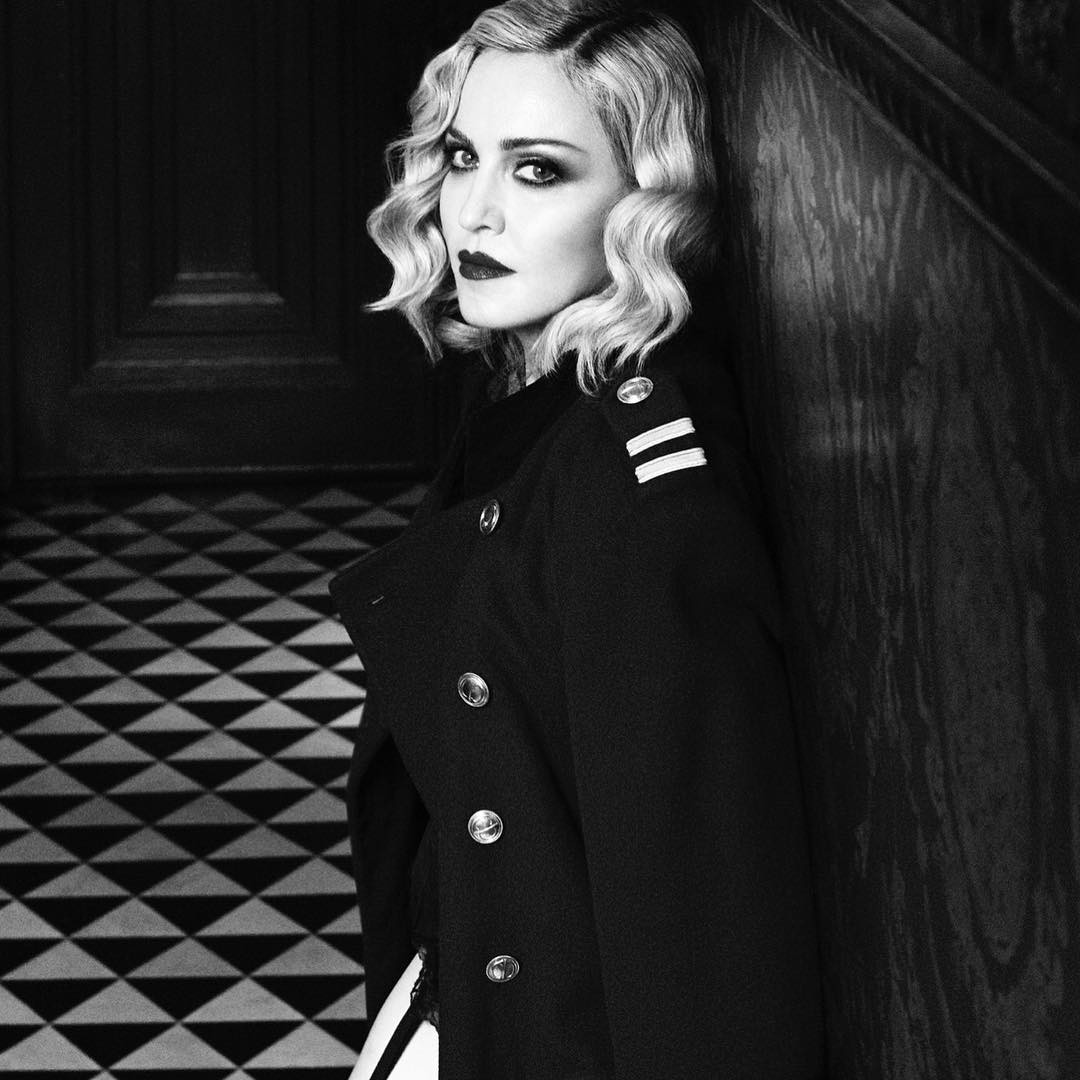 Right this way Sailor!! Follow me in my vintage Galliano!!hellip