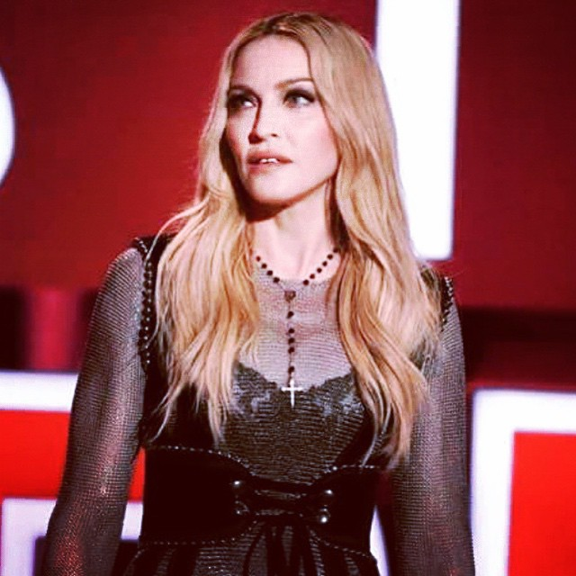Thanking my lucky stars for all i have been blessed with @iheartradioaqards! ❤️#rebelheart  4 ever ❤️#livingforlove