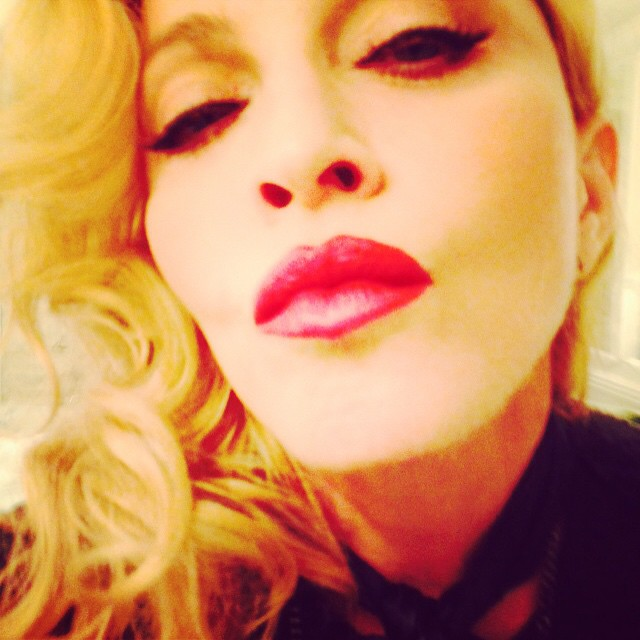 A Valentine's Kiss for all of you Rebel Hearts who are Living For Love